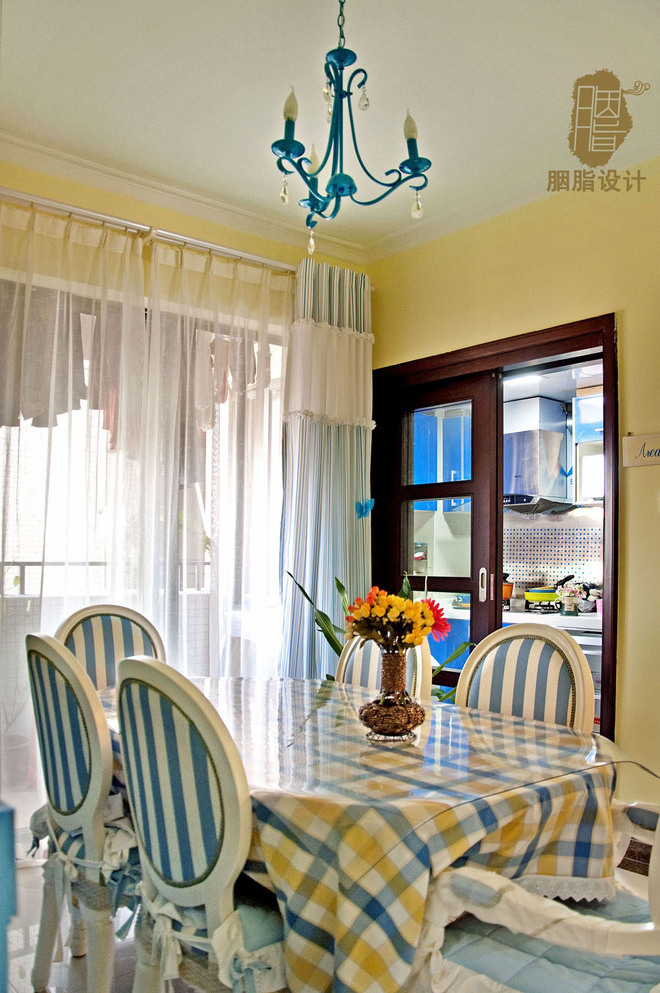 新房装修 两居现代风格家庭客厅卧室装修效果图2016高清图片